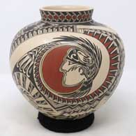 Polychrome jar with medallion, warrior and geometric design