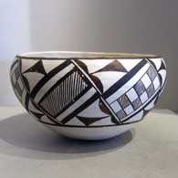 Geometric design on a black-and-white bowl