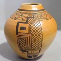 Hopi  Pueblo pottery hand made by White Swann