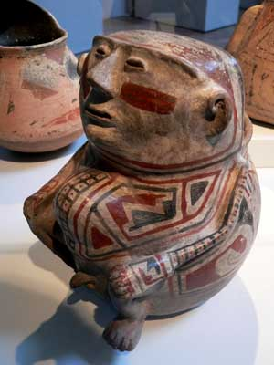 Paquime polychrome effigy pot